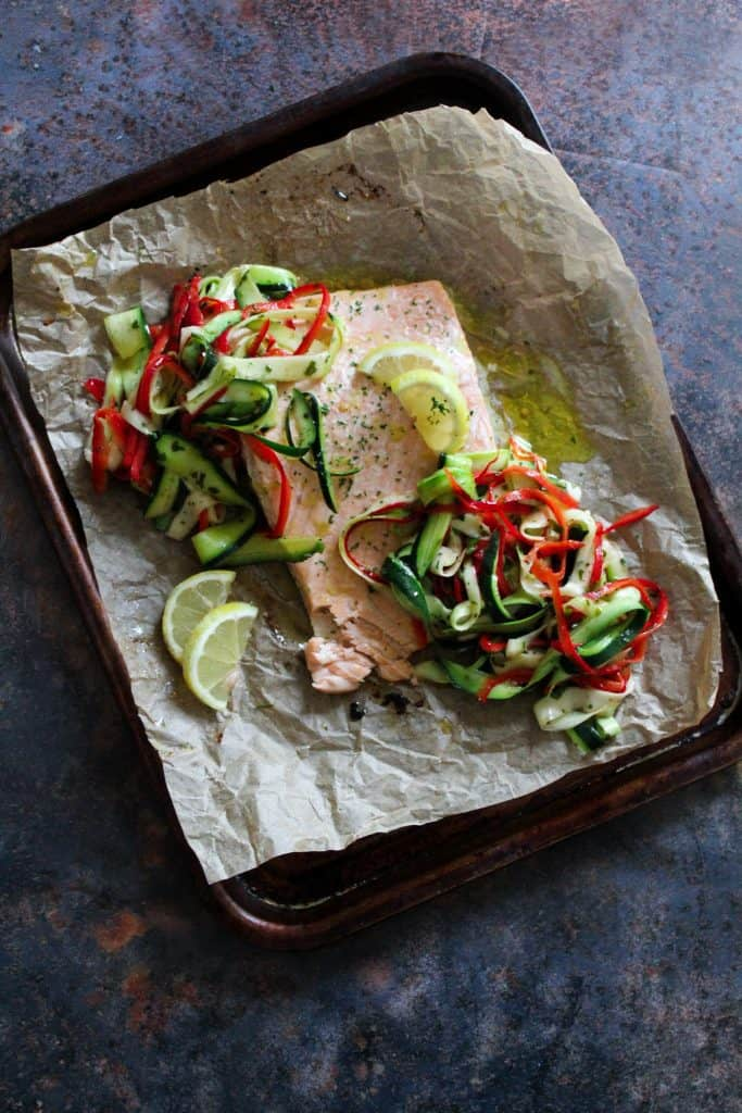 salmon fillet with courgette and red pepper salad