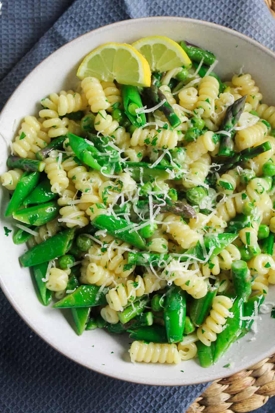 Pasta Primavera with Peas and Asparagus